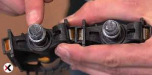 how-to-change-pedals-14-opz