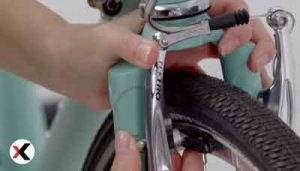 how-to-tighten-bike-brakes-3-400