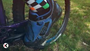 Are-There-Special-Shoes-for-Mountain-Biking